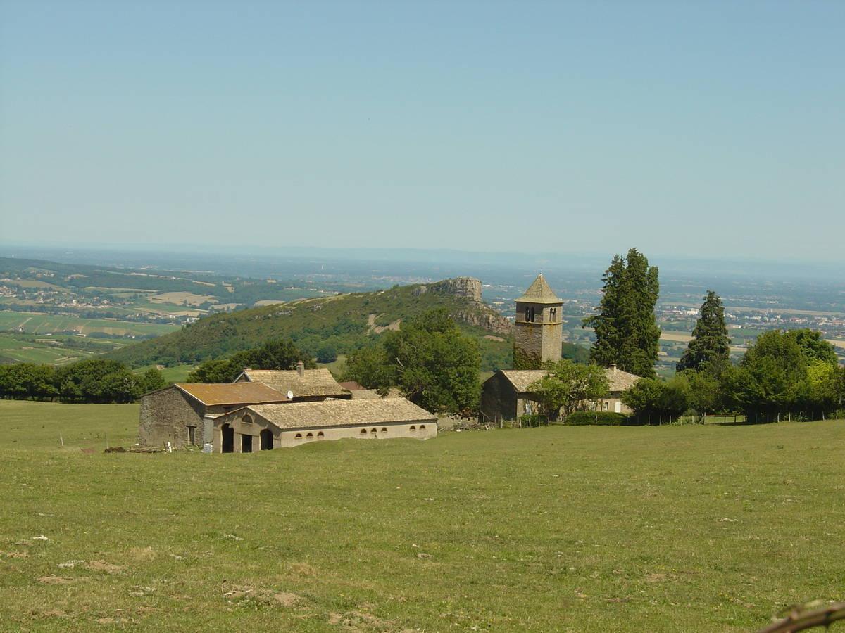 Col de la Grange du Bois depuis Saint Verand, la roche 523m # La Roche Bleue Saint Bois