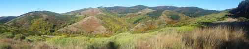 Montée : Col de l'Homme Mort depuis Le Vigan, Commentaire : plan large montagne du Lingas