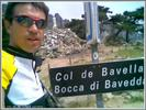 Montée : Col de Bavella depuis Zonza, Commentaire : On distingue la célèbre vierge et les nombreux ex-voto.