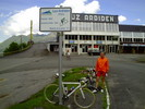 Auteur : Maurice R, Reactie : 20 juin 2012 : station déserte... Juste deux ou trois cyclistes, des moutons et quelques marmottes...