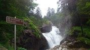 Montée : Pont d'Espagne depuis Pierrefitte Nestalas, Commentaire : 4 juillet 2012 : de nombreuses cascades agrémentent la montée.