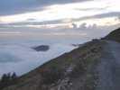 Author : Loic L, Comment : peu avant le sommet de l'Authion, il y a un parking et il est possible de dormir dans son c-car. A l'automne, le coucher du soleil avec la mer ( de nuage)et le brâme des cerfs, c'est quelque chose de GRAND.