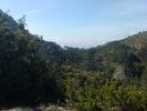 Montée : Col Saint-Roch depuis Luceram, Commentaire : Le col Saint-Roch au loin depuis le col de la Porte