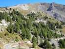 Auteur : Loic L, Commentaire : Imaginons ce paysage paré de couleurs automnales ( mélèzes jaunis et tirant vers le orange, un zeste de neige sur les cîmes)... Une douce folie.