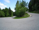 Montée : Crêt de Châtillon / Mont Semnoz depuis Annecy, Commentaire : La route serpente lentement... (25 juin 2013)