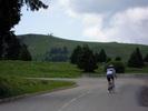Montée : Crêt de Châtillon / Mont Semnoz depuis Annecy, Commentaire : Bref répit à moins de deux kilomètres du sommet (25 juin 2013).