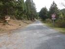 Montée : Cime de Coma Morera depuis Ossèja, Commentaire : Vue vers la route recommandée à la bifurcation de 1660 m (non empruntée), même un 19 Tonnes y passe!