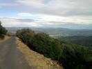 Montée : Col Sainte Marguerite depuis Saint Michel de Llotes, Commentaire : Vue sur la plaine du Roussillon, le mont Tauch et les Corbières