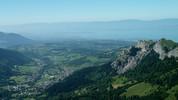 Auteur : Loic L, Commentaire : Vue sur Bernex depuis le col de Neuvaz