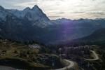 Author : Loic L, Comment : joli contre-jour avec Grindelwald dans la vallée...