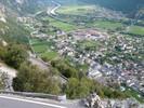 Auteur : Loic L, Commentaire : cet enchaînement de virages en épingles offre une vue spectaculaire sur la vallée...