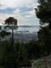 Montée : Mont Faron depuis Toulon, Commentaire : L'arsenal de Toulon dans la montée du Faron