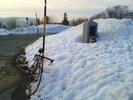 Montée : Ballon d'Alsace depuis Malvaux, Commentaire : Monté en fin de parcours de 113 kms ce samedi 7 mars 2013. En début de parcours nous l'avons fait depuis Sewen. Là, il était 17h au départ de Malvaux et nous avons croisé un cycliste vilipendant notre projet de monter aussi tardivement...Effectivement, arrivés à 18h au sommet (voir photo en illustration) il nous fallait encore redescendre du côté de Sewen, dans la pénombre et même la nuit en fin de parcours...C'était limite limite quand même...