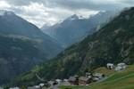 Auteur : Loic L, Commentaire : le village de Törbel à mi-distance du sommet...