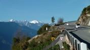 Auteur : Loic L, Commentaire : Le col du Sanetch possède deux routes qui se rejoignent à 1000 m d'altitude environ. Sur la photo, ce sont les premiers kms en partant de Conthey ( situé à 4 kms à l'Ouest de Sion).