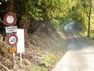 Auteur : Loic L, Commentaire : début de l'ascension, route réglementée interdite sauf riverains ==>> tranquilité assurée !