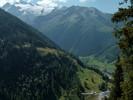 Auteur : Loic L, Commentaire : le sommet de la Forclaz est en bas à droite. Cette vue est possible en empruntant le sentier de randonnée qui part depuis le sommet du col, vers le Mont Alpille .