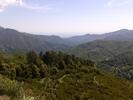 Montée : Col de Prato depuis Ponte Leccia, Commentaire : Haut du col avec la mer Thyrrénienne et la région de la Castagniccia