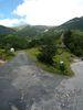 Montée : Cabane Pastorale des Forquets depuis Prats de Mollo, Commentaire : Arrivée à la Cabane : à gauche une route en mauvais état continue vers une station de ski désaffectée, à droite la route devient piste vers la Collade des Roques Blanches.