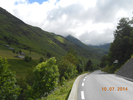 Montée : Col du Tourmalet depuis Luz Saint Sauveur, Commentaire : 1ère rampe à 7-8%. Le col est droit devant dans les nuages menaçants...