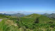 Montée : Col de la Courade depuis Rimoula, Commentaire : Le col. Au centre de la photo on peut distinguer Bagnères de Bigorre et, dans le lointain, Tarbes.