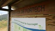 Montée : Col de Portech depuis Moulis, Commentaire : Monsieur le Maire, il faut peindre le nom du col en BLANC, sinon on ne voit rien ! (merci ;-)