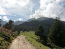 Montée : Refuge des Cortalets depuis Villerach, Commentaire : Clairière vers 1600 m