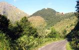 Montée : Col de Spandelles depuis Etchartes, Commentaire : Le point rouge indique le sommet du col distant d'environ 2 km.