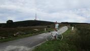 Montée : Pic de Nore depuis Villeneuve Minervois, Commentaire : Un petit coté 'mont Ventoux' ... en bien plus modeste