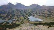 Montée : Serra de Mauri depuis Formiguères, Commentaire : Un peu après le sommet, la vue se dégage sur les Péric et les lacs des Camporells.